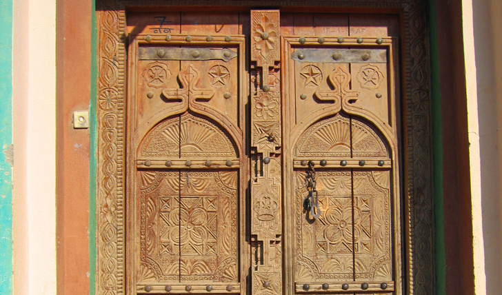 Get a taste of traditional Omani architecture