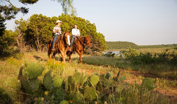 Horse ride like the professionals, Wildcatter Ranch
