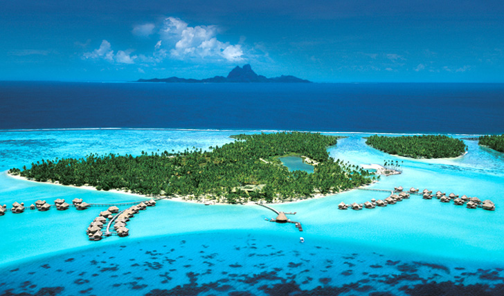 Le Taha'a from above, Tahiti