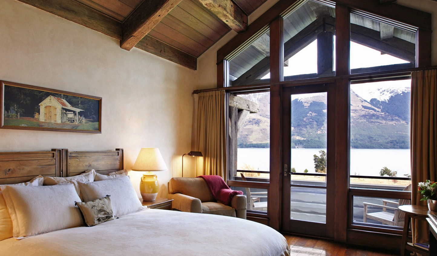You'll find a cosy athmosphere in every corner of your hillside chalet
