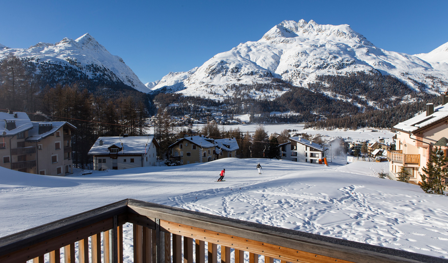 Get straight onto the slopes with ski-in-ski-out access