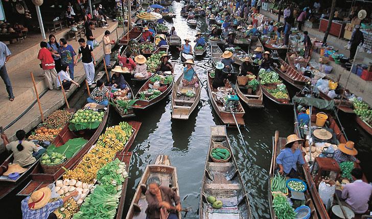 Floating Market Thailand | Black Tomato