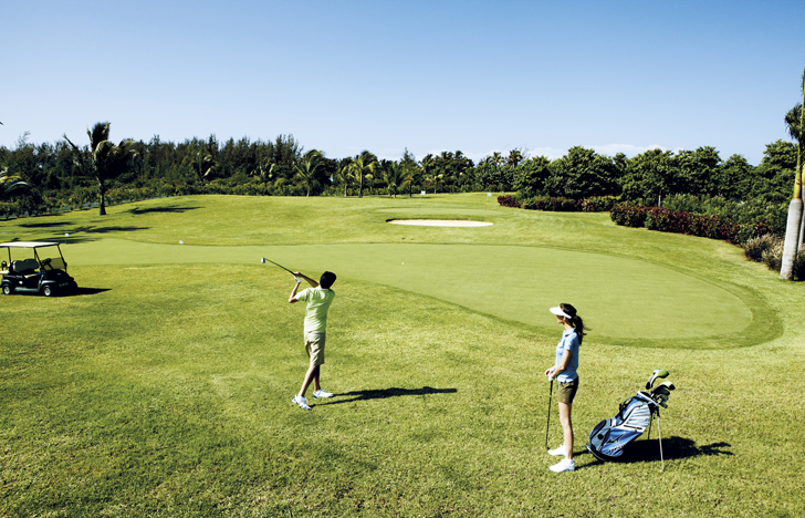 Golf course at Shanti Maurice