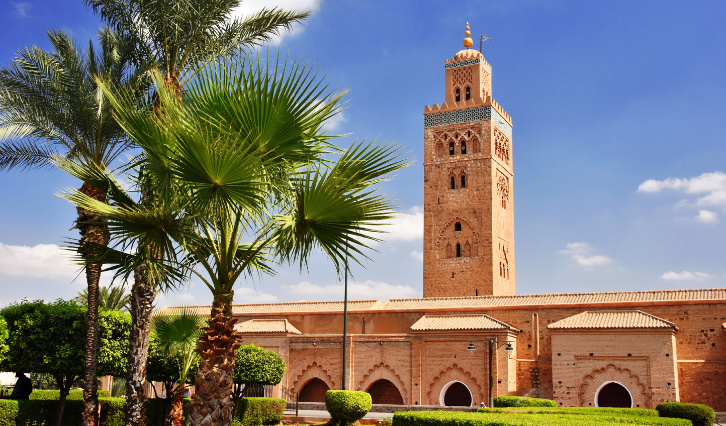 Watch as city life shifts around the Koutoubia Mosque
