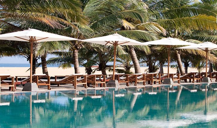 Pool and Beach views | Jetwing Blue | Sri Lanka | Black Tomato