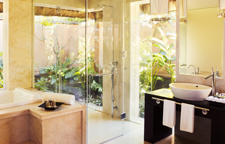 the bathroom at the shanti villa at the shanti maurice