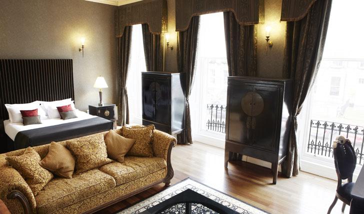 Your elegant suite at Nira Caledonia