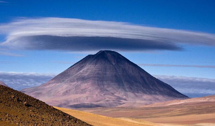 Vast desert landscapes to explore in Chile