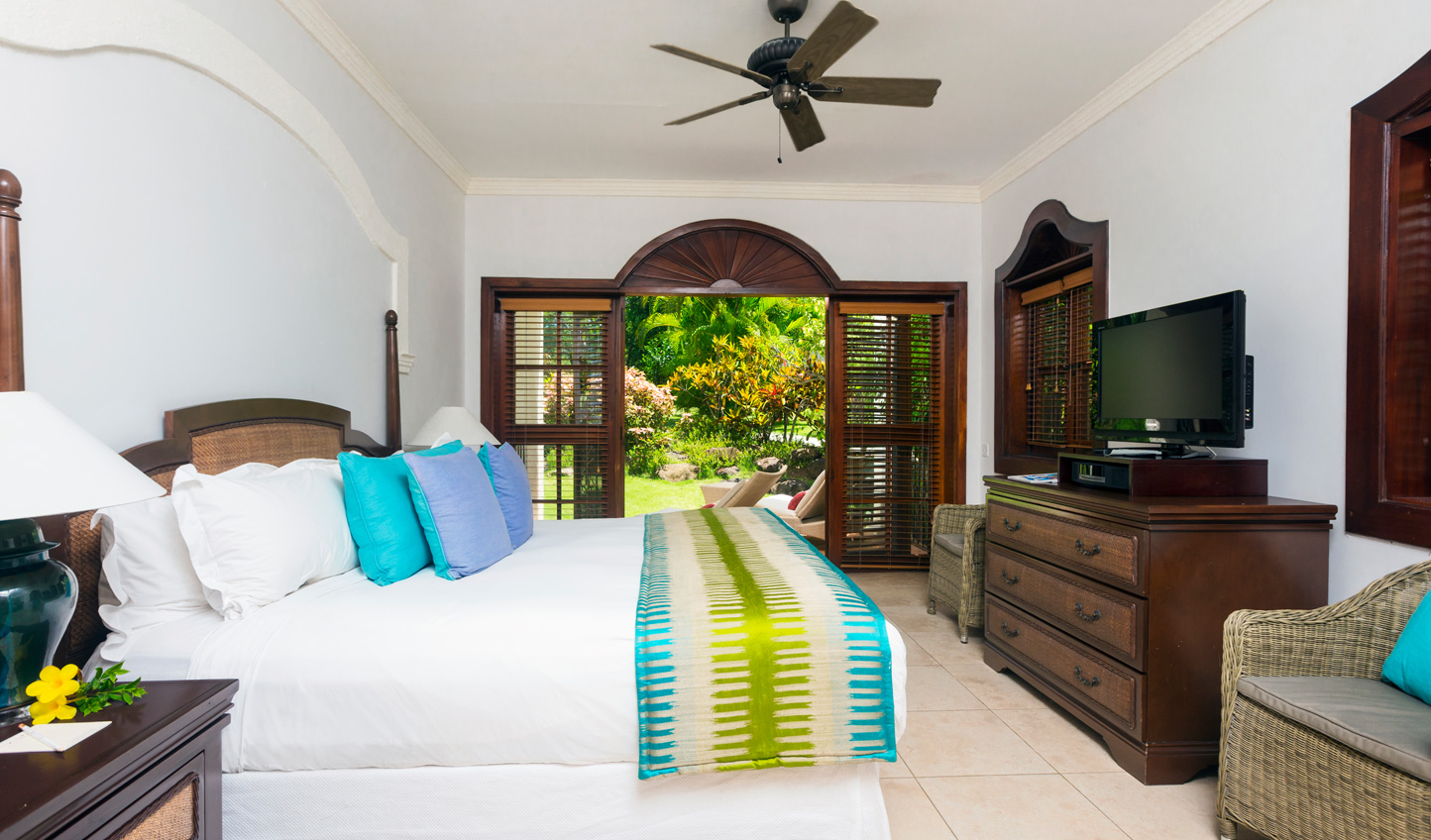 Stay amongst tropical fauna in the Garden View Rooms