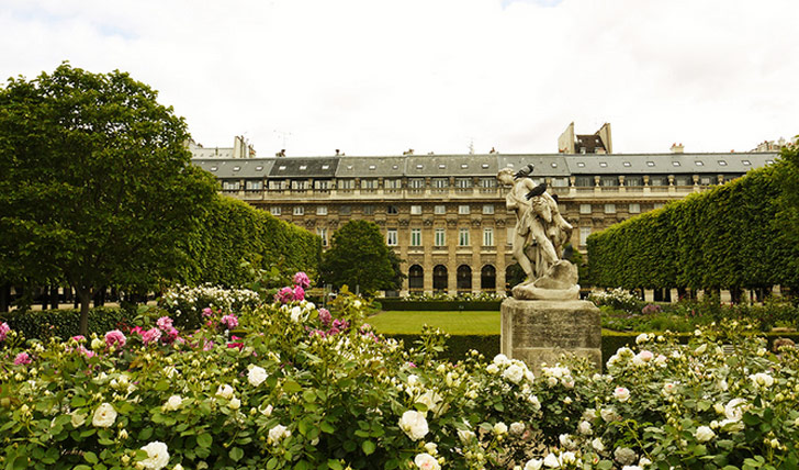 Grand Hotel du Palais Royal gardens, Paris