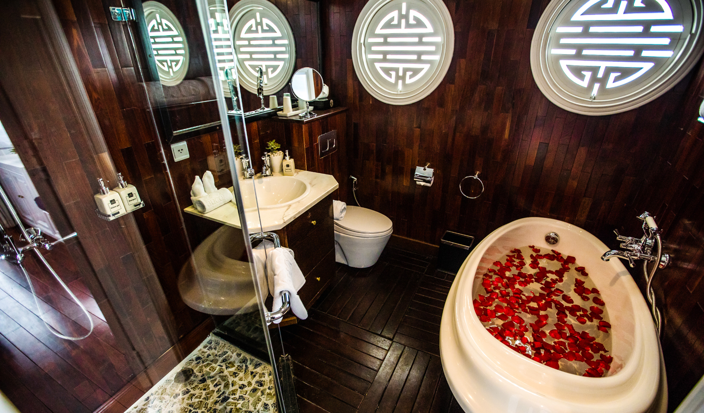 For added luxury, suites come complete with rose-petal strewn bathtubs
