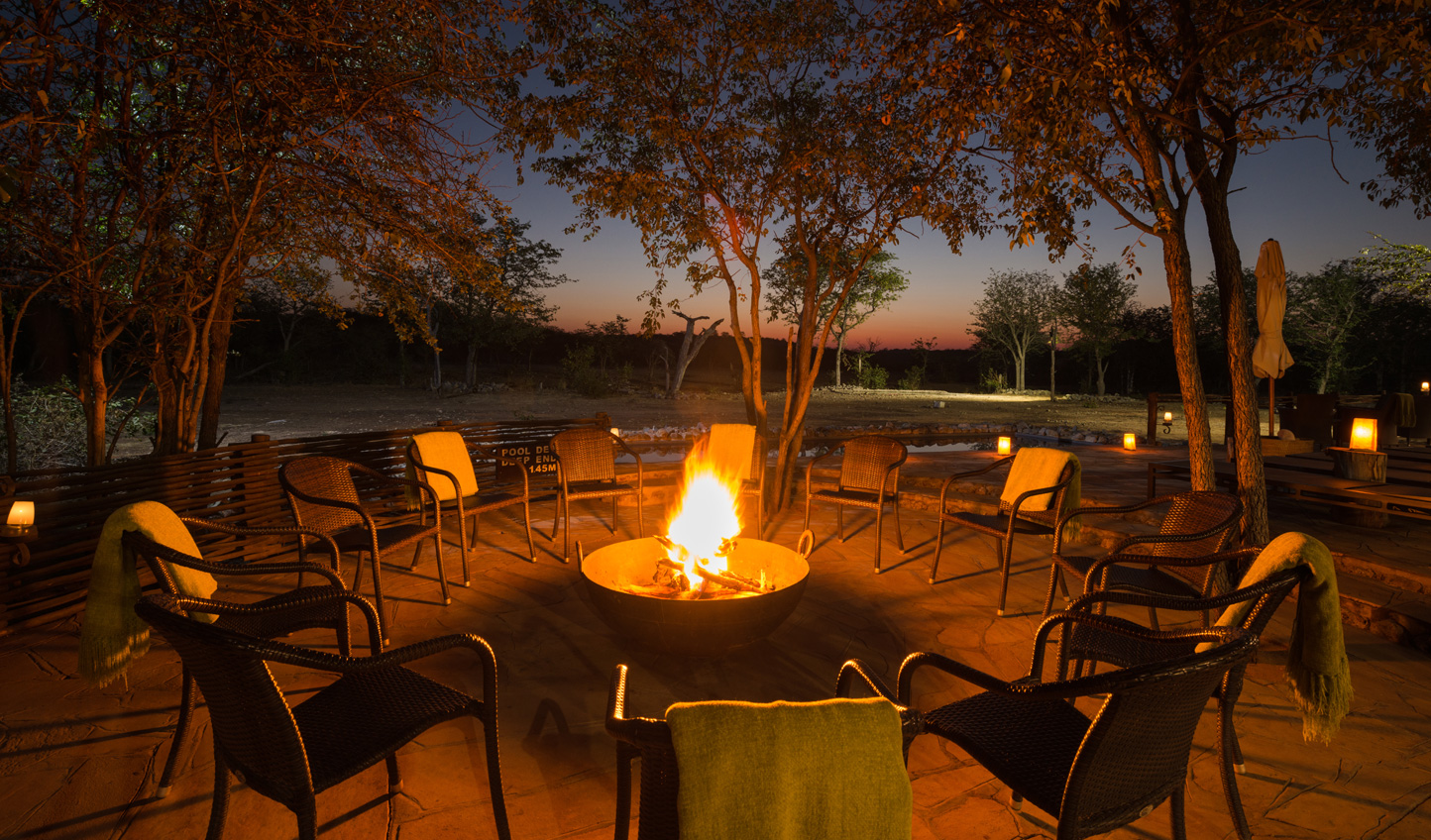 Cosy up by the campfire on cooler evenings