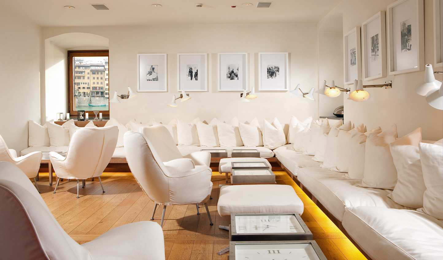Cosy up in Sala Bianca