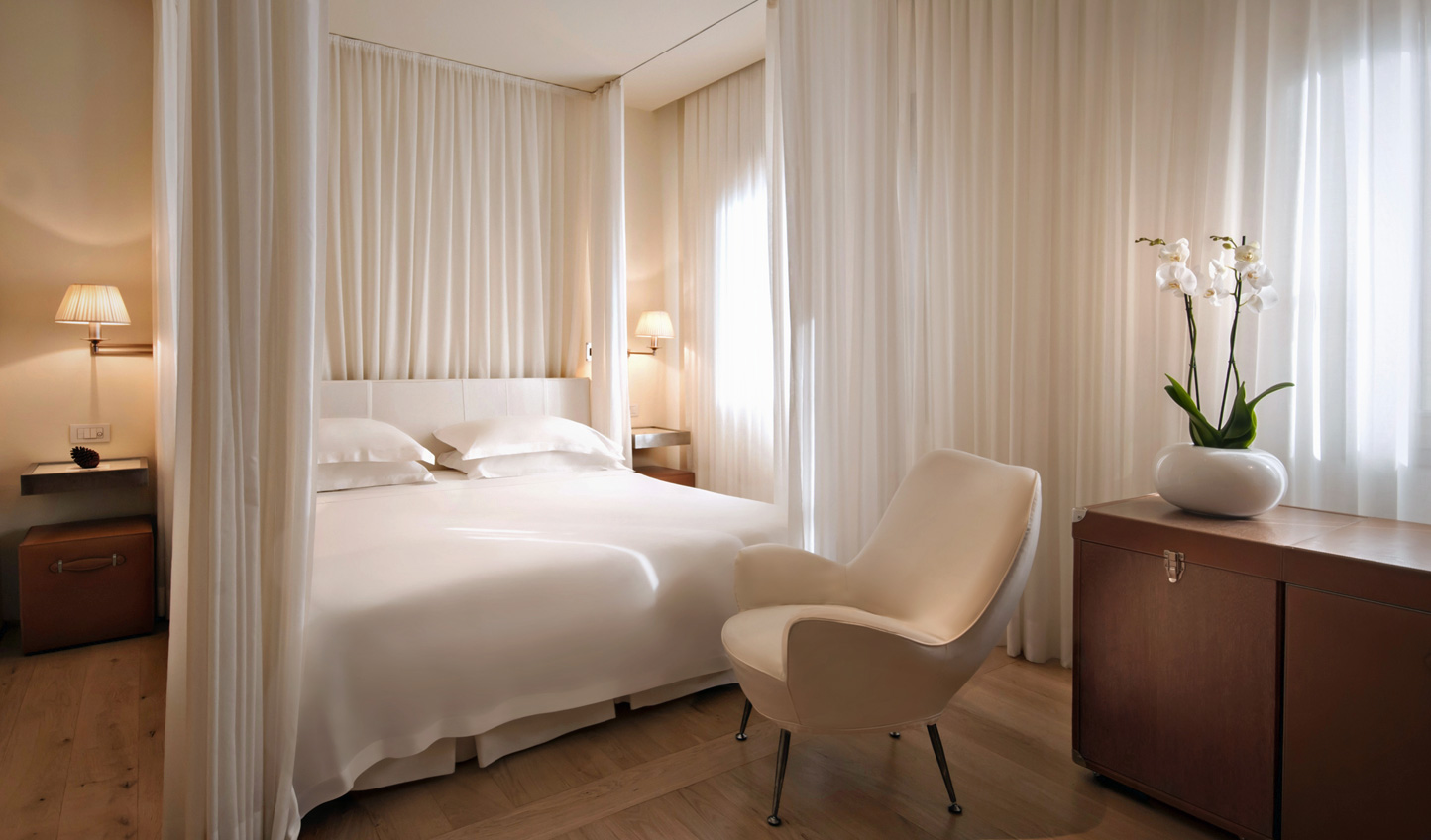Chic suites at Continentale