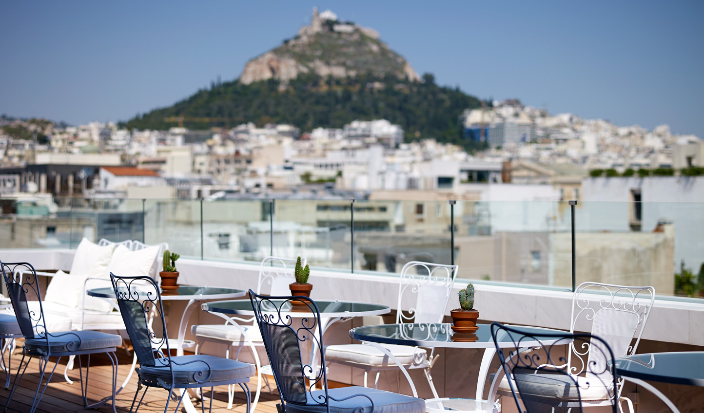 Panoramic views of Athens from the Art Lounge
