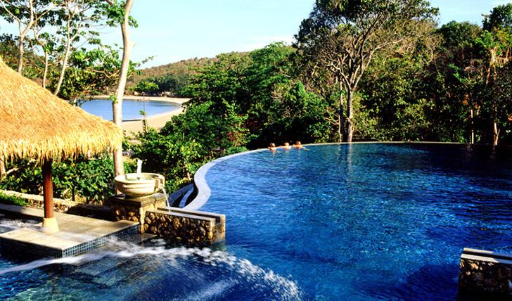 Views from the pool at Pimilai