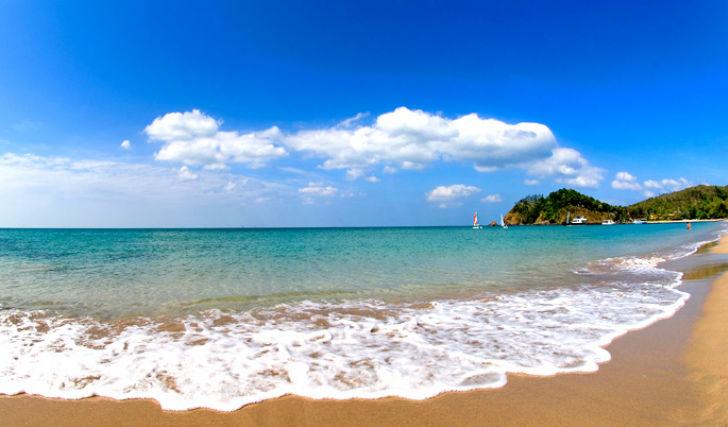 Golden sands and emerald ocean
