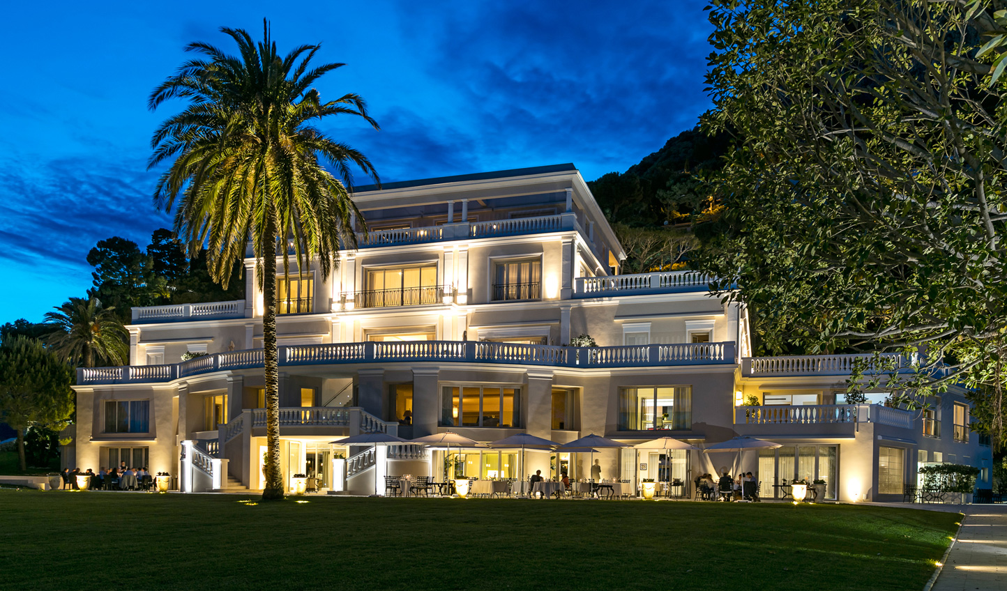 Cap Estel at night is as beautiful as it is during the day