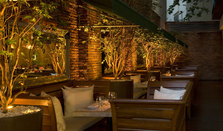 Venture down to the stunning terrace and enjoy an al fresco dinner