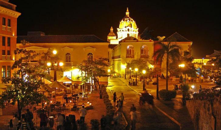 Explore Cartagena old town
