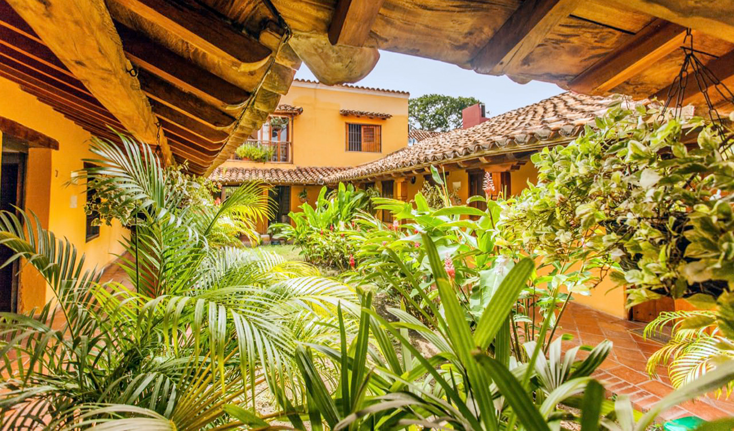 Lush greenery at La Casa Amarilla