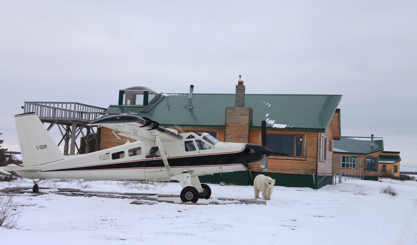 Touch down in the wilderness at Dymond Lake Lodge © Dafna Bennun
