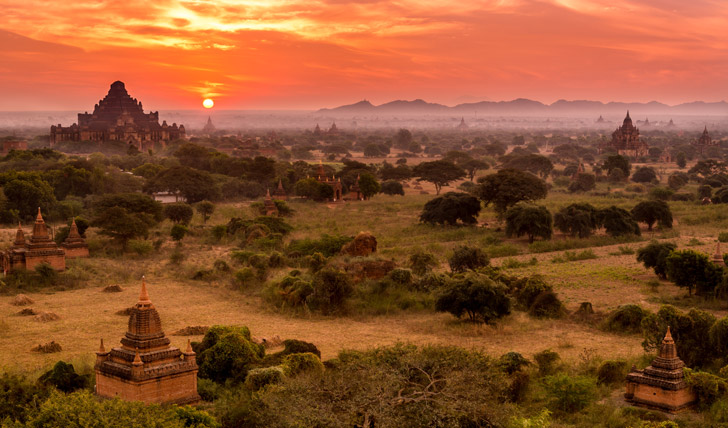 Awe at the Bagan temples at sundown