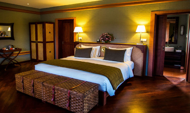 Deluxe room at Bagan Lodge