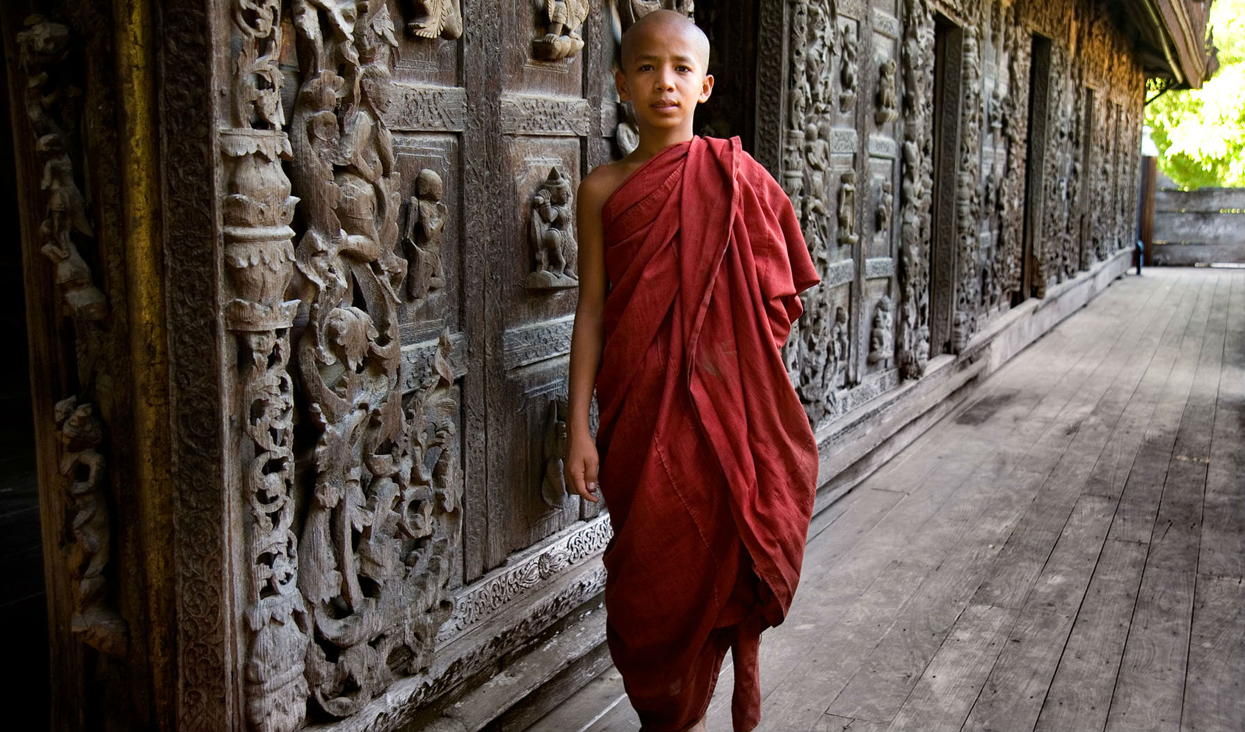 Meet monks at the monastery in Mandalay