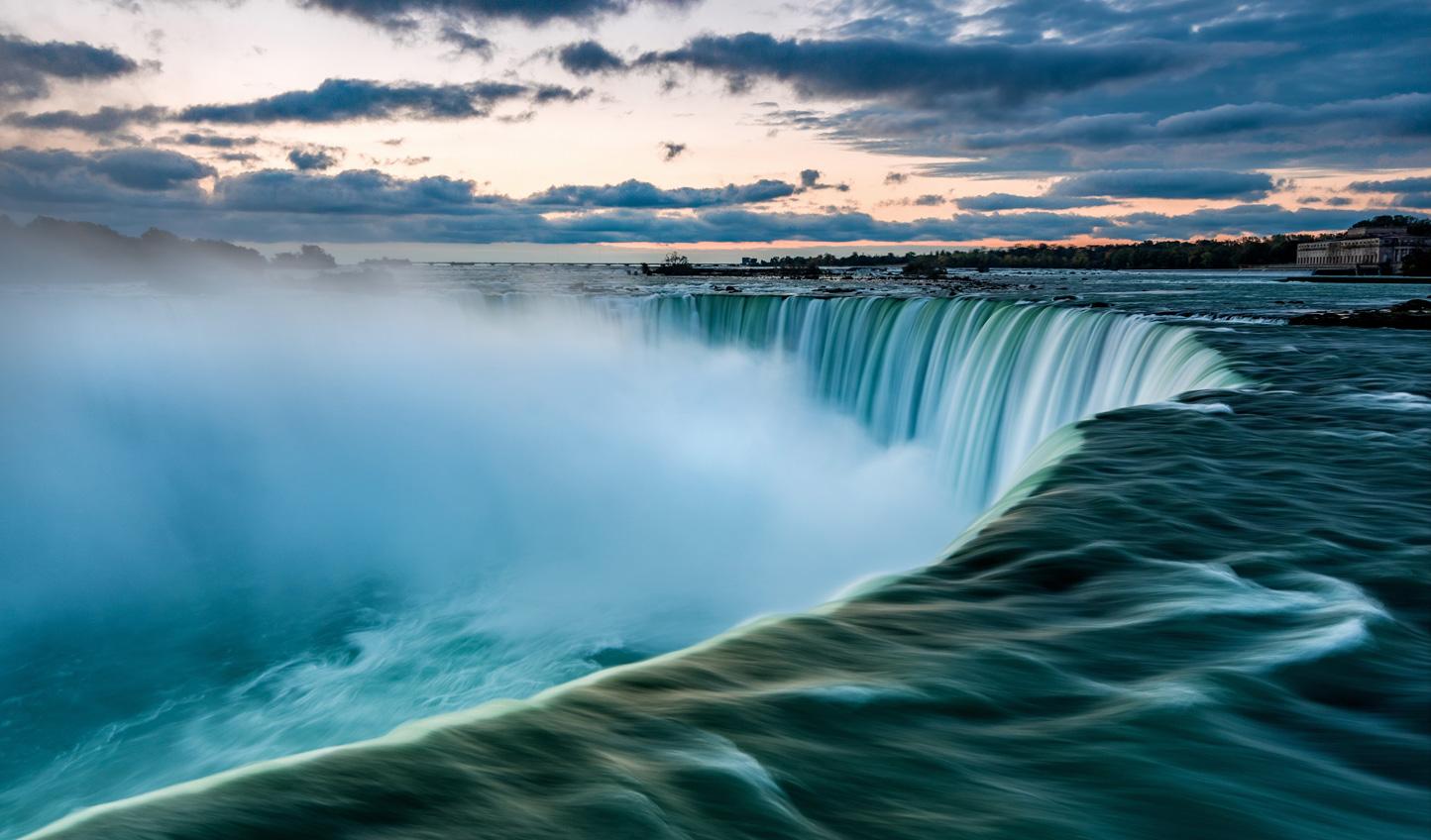 Niagara-Falls-Dusk