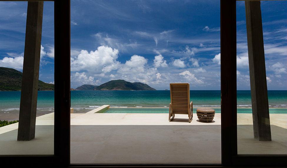 Ocean front bedroom villa