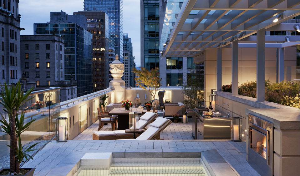 Look out onto the city from your roof terrace