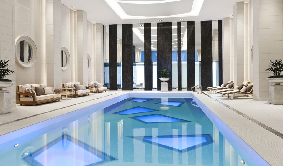 Art Deco influences in the pool