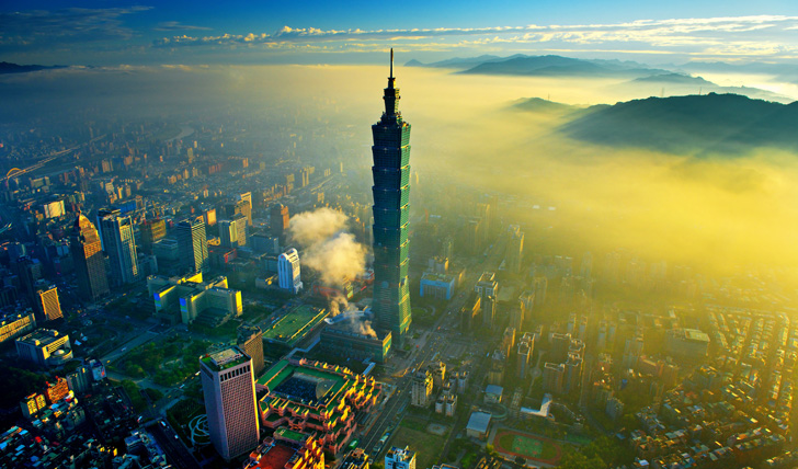 Absorb the excitement of Taipei