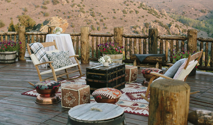 Enjoy a picnic on the deck