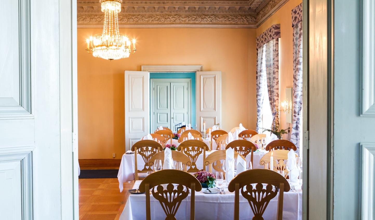 Enjoy traditional cuisine at Restaurant Haven