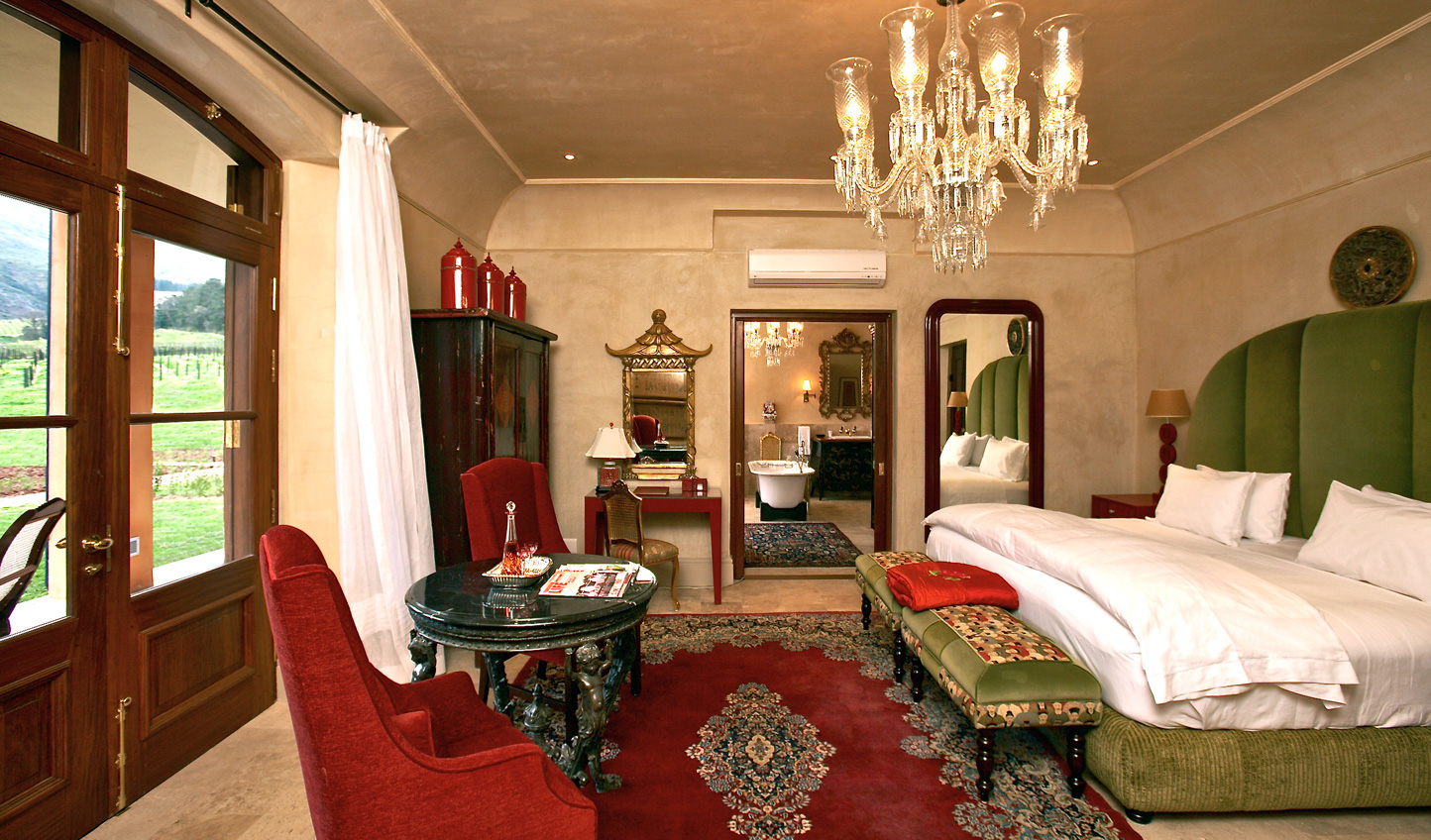 The traditionally grand Tang Suite