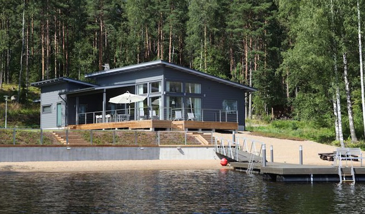 Villa Jolla, Finland