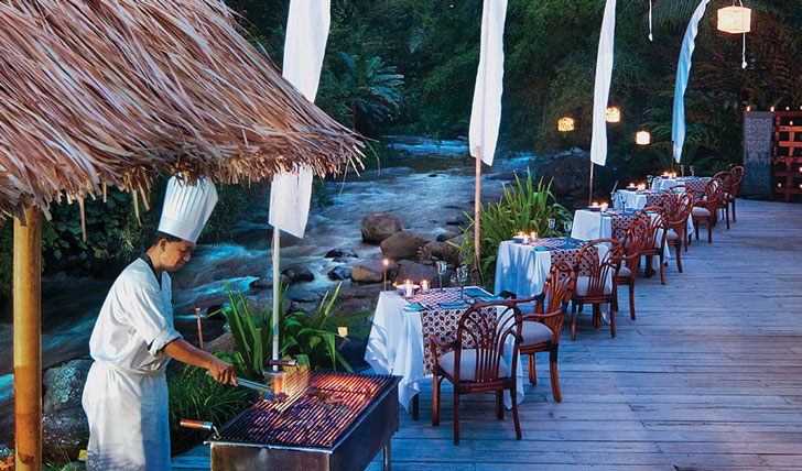 Luxury hotel dining at the Four Seasons Bali at Sayan, Ubud, Bali, Indonesia