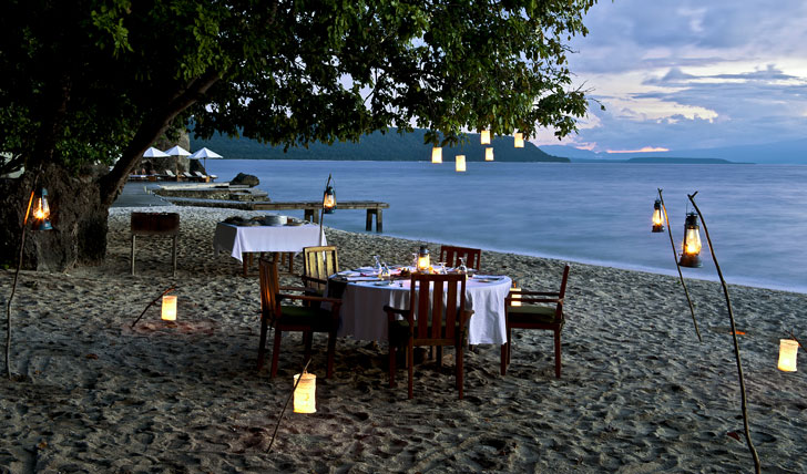 Dining in natural paradise