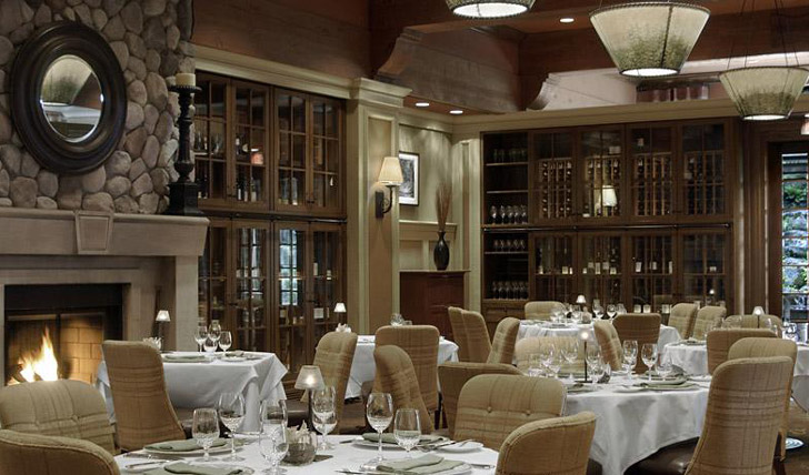 Fine dining in the Fairmont's Grill Room