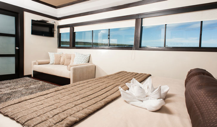 Luxury suite on the M/Y Grand Odyssey, the Galápagos Islands