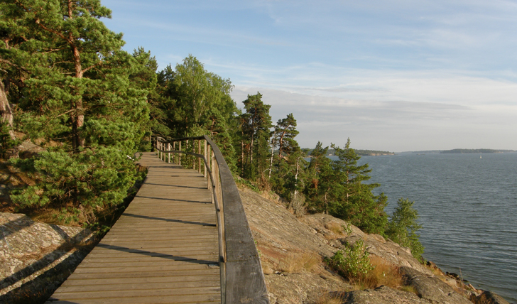 Cycle along wild Åland coastline