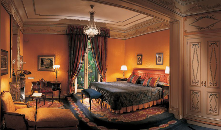 Rest up in opulence at the Hotel Ritz