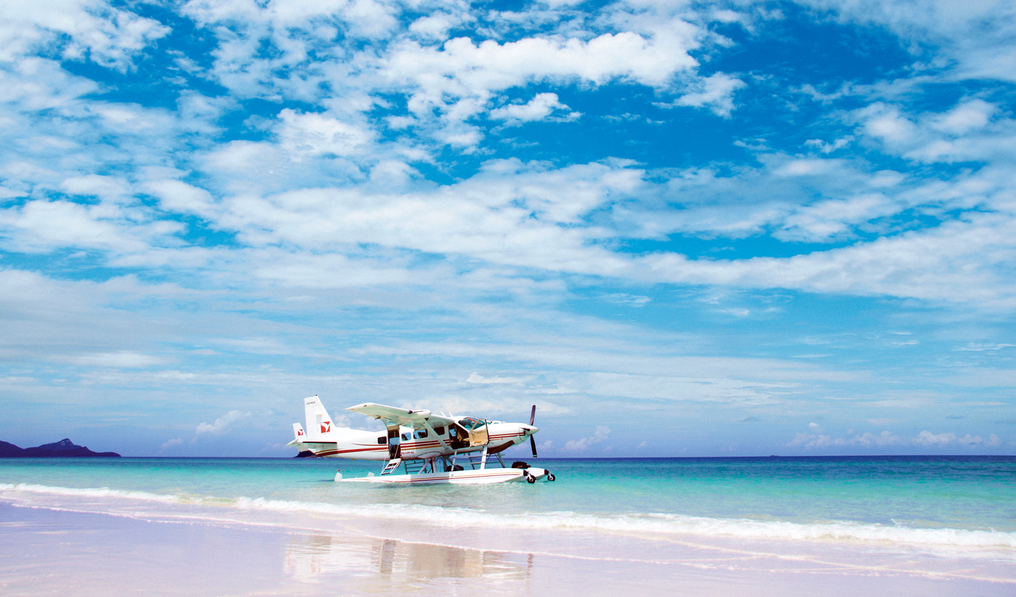 Escape to the crystalline waters of the Whitsundays for an afternoon