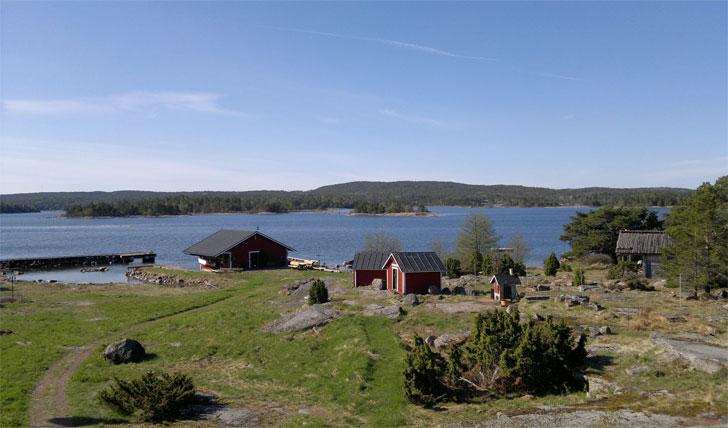 The cosy Sviskär houses
