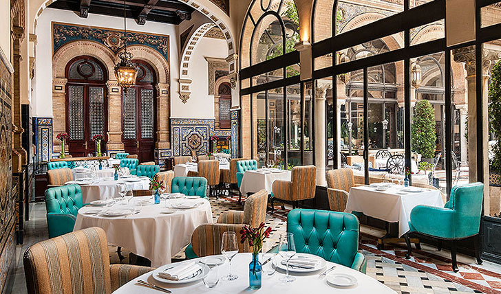Enjoy a dinner at Alfonso XIII