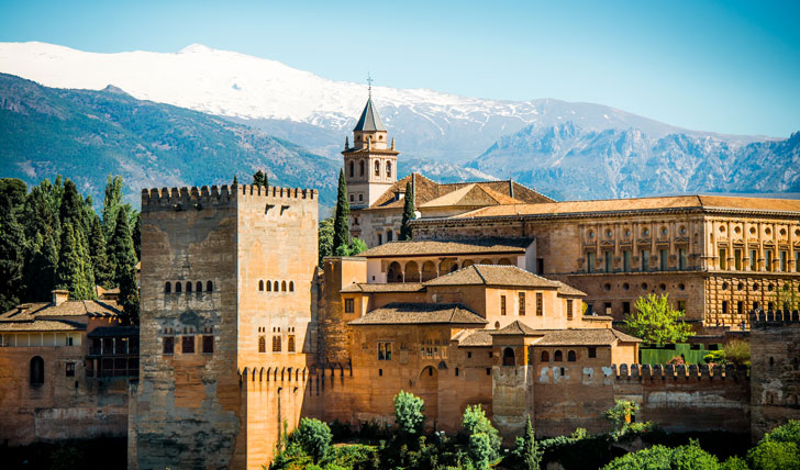Be captivated by Calat Alhambra