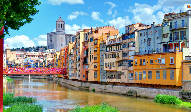 Stop off in charming Girona