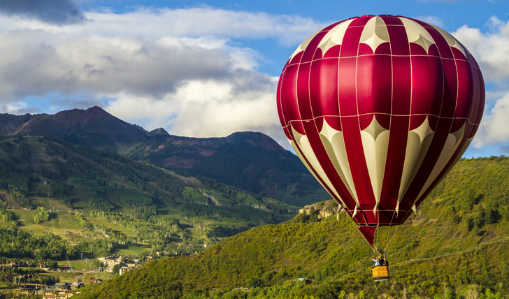 Hot air balloon ride over Snowmass Village, USA